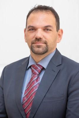 Pročelnik - Dživo Brčić, prof. njemačkog, engleskog jezika i književnosti